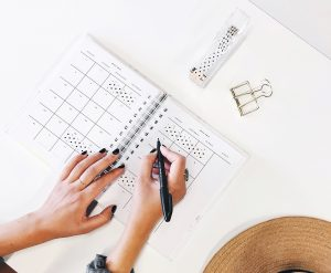 how to prioritize your day - track your progress